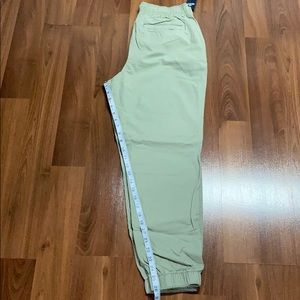 NWT - Hollister Ultra High Rise woven joggers